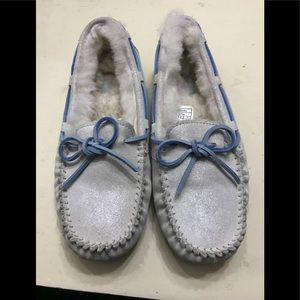 Women Ugg Loafers size 6